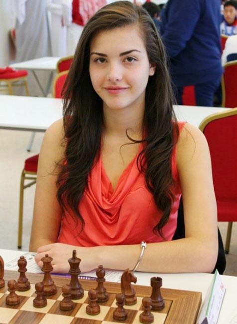 Alexandra-Botez-beauty (2)